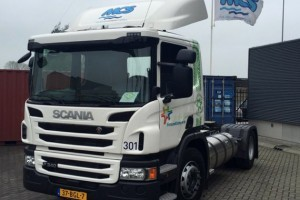 LNG Scania voor containerterminal MCS in Leeuwarden