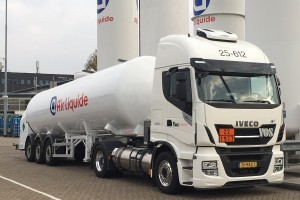 Vos Logistics zet Iveco LNG trucks in voor Air Liquide
